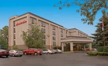hampton-inn-albany-wolf-road-general-492842